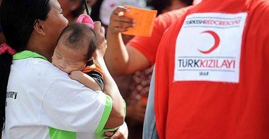 Türkiye'den Filipinler'e yardım