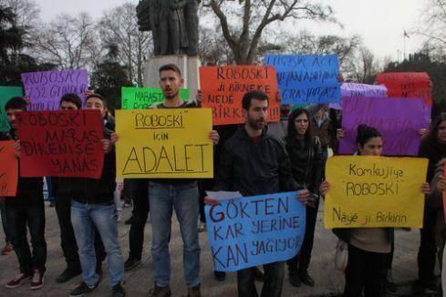 Uludere'de ölenler için anıt önünde eylem yapıldı