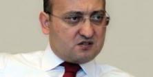 Akdoğan'dan Demirtaş'a yenilmez-yutulmaz hakaret