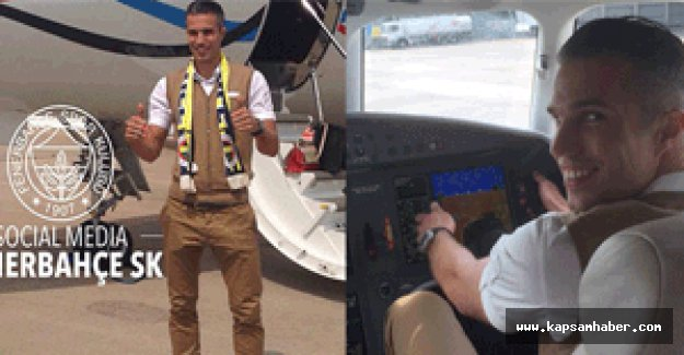 Van Persie Fenerbahçe için yola çıktı...