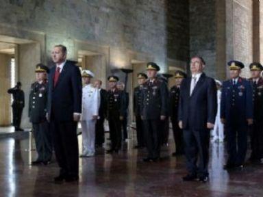 Yaş Üyeleri Ve Erdoğan Anıtkabir'de