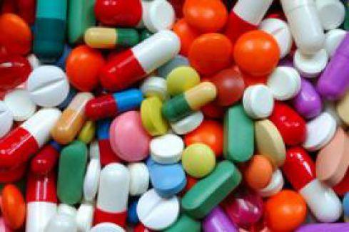 Yaşlılarda ilaç kullanımına dikkat