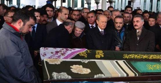 Zeynep Pehlivanoğlu Hakk'a yürüdü